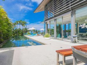 Sava Beach Villas