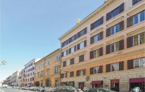 Three-Bedroom Apartment in Roma - abcRoma.com
