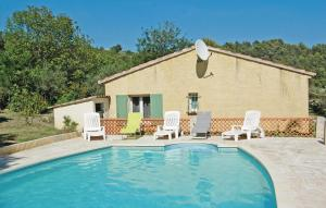 Holiday Home Lou Val 02