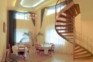 Гостиница Тюменская, Тюмень