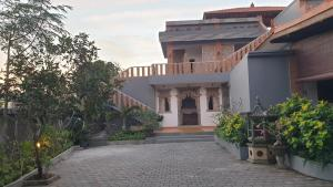Hotel Terdekat Di Uluwatu Bali
