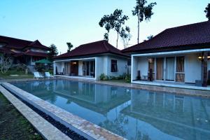 Villa Kendi, Комплексы для отдыха с коттеджами/бунгало  Kalibaru - big - 20