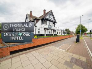 OYO Osterley Park