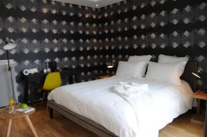 Location gîte, chambres d'hotes Hôtel-Restaurant L'Aquarelle dans le département Charente maritime 17