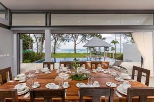 Twin Villas Natai - 10 Bedroom Luxury Beach Front Villa