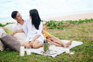 Twin Villas Natai North - 5 Bedroom Luxury Beach Front Villa