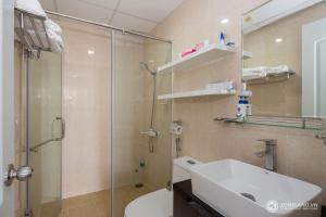 Zoneland Apartments - Monarchy Riverside, Apartments  Da Nang - big - 12