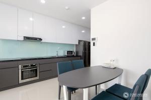 Zoneland Apartments - Monarchy Riverside, Apartments  Da Nang - big - 18