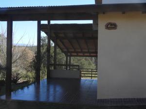 A Hotel Com Terrazas De Piedra Chalet Santa Rosa De