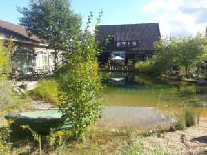 EUT-IN Hotel Alte Straßenmeisterei, Guest houses  Eutin - big - 40