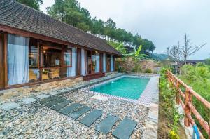 Sankofa Village Hill Resort & ..