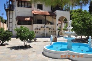 Aegina town, summer house with beautiful garden Aegina Greece