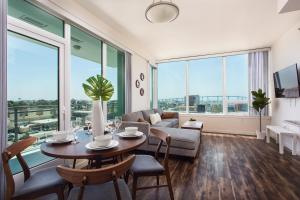 SD Spectacular View 2BR