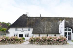 Relais & Châteaux Landhaus Str..