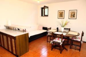 Freshy Apartment ROR