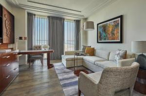 Four Seasons Hotel Abu Dhabi at Al Maryah Island (10 of 79)
