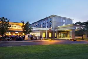 DoubleTree by Hilton Mahwah - Hotel