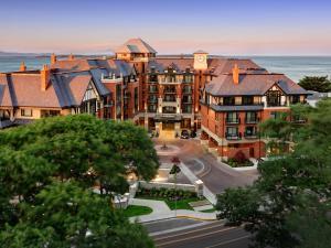 Oak Bay Beach Hotel (1 of 50)