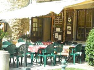 Hôtel Le Prieuré, Hotely  Sainte-Croix-en-Jarez - big - 12