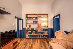 Trastevere Vintage 2 bedroom 2nd floor