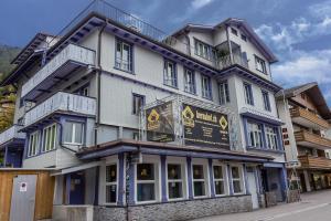 Budgethotel Bernahof - Accommodation - Adelboden