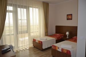 Guest House Demetra, Vendégházak  Vityazevo - big - 59