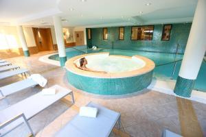 Hôtel Residence & Spa Vacances Bleues La Villa du Lac