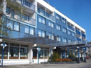 Hotel Vilnis - Maurutsiyems