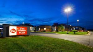 Best Western Plus Portage Hotel and Suites - Portage