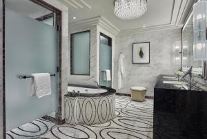 Four Seasons Hotel Abu Dhabi at Al Maryah Island (18 of 79)