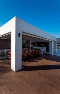 Le Blanc, Luxurious Beachfront Villa Argolida Greece