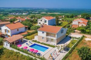 4 bedroom villa near Porec