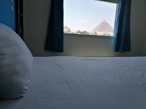Al Fayed G.H Pyramids View