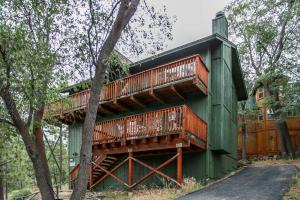 Chipmunk Treehouse