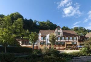 Hotel Gasthof Zum Weyssen Rossle
