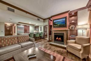 Mid-Mountain Escape With Rtiz Amenities Condo - Hotel - Kingswood Estates