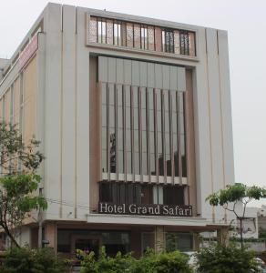 Hotel Grand Safari