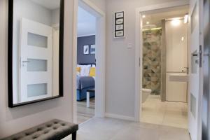 Rogozinskiego Riverside Zablocie Apartments by InPoint