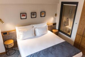 MEG HOTEL