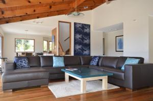 Ball Bay House - Norfolk Island Holiday Homes, Dovolenkové domy  Burnt Pine - big - 42
