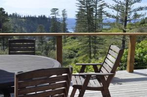 Ball Bay House - Norfolk Island Holiday Homes, Dovolenkové domy  Burnt Pine - big - 16