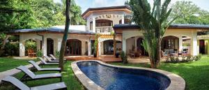 Blue Jewel Oceanfront Private Villa Tamarindo