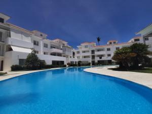 Las Terrazas Deluxe Pool Beach Club & SPA