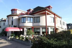 Hotel Limburgia - Bassenge