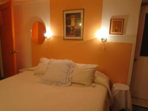 Marilu ´s Bed and Breakfast Hostel - Accommodation - Santiago