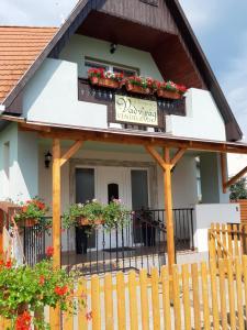 Chata Vadvirág vendégház Aggtelek Maďarsko