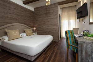 Best Western Maison B Hotel - AbcAlberghi.com