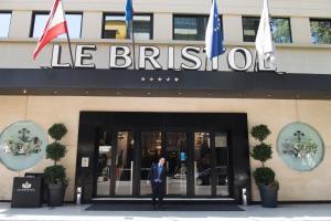 Le Bristol Hotel (1 of 77)
