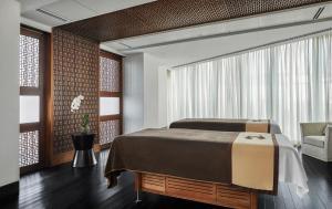 Four Seasons Hotel Abu Dhabi at Al Maryah Island (13 of 79)