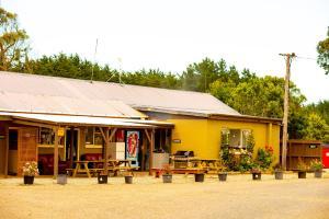 beach road holiday park - Hotel - Otatara